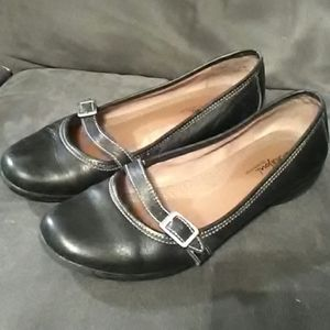 Black Leather shoes - Natural Soul by Naturalizer